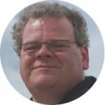 Joost Festen, recensent 8WEEKLY